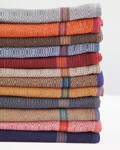 The Boma cloth is inspired by our natural landscape & African heritage. Woven in South Africa by Mungo. Kitchen Linens, Kitchen Towels, Dobby Weave, Thoughtful Gifts, Vibrant Colors, How To Look Better, Weaving, Old Things, African