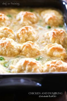 Chicken and dumplings casserole is the perfect comfort food to eat on a cold, blustery day. Share with friends or savor this meal all by yourself. Great Recipes, Favorite Recipes, Comida Latina, Yummy Food, Tasty, Casserole Dishes, Chicken Dumpling Casserole, Baked Chicken And Dumplings, Easy Chicken Casserole