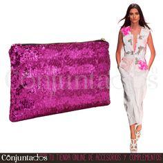 Un #Bolso de #mano bonito, cómodo y con un tamaño ideal ★ 9'95 € en http://www.conjuntados.com/es/bolso-de-mano-con-lentejuelas-fucsias.html ★ #novedades #bolso #handbag #purse #lentejuelas #paillettes #cartera #bolsodemano #conjuntados #conjuntada #accesorios #complementos #moda #fashion #fashionadicct #picoftheday #outfit #estilo #style #GustosParaTodas #ParaTodosLosGustos