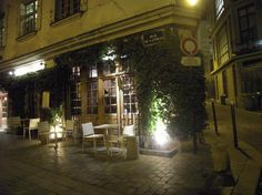 Le Coupe Chou restaurant in Latin Quarter