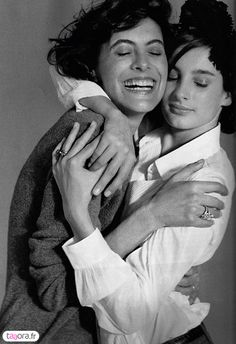 Inès de La Fressange and her daughter Nine d'Urso.  You can see the laughter & love in them.