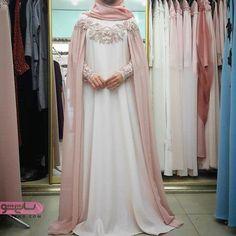 جدیدترین مدل مانتو محجبه بلند-#بلند #جدیدترین #مانتو #محجبه #مدل Muslimah Wedding Dress, Muslim Wedding Dresses, Muslim Dress, Bridal Dresses, Wedding Abaya, Kebaya Dress, Dress Pesta, Modest Dresses, Pretty Dresses
