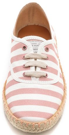 such cute striped Marc Jacobs flats http://rstyle.me/n/kjxyvr9te