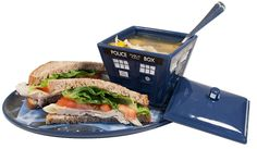 Serve your guests chips and salsa or your favorite party dip with the Tardis Soup & Sandwich Vortex. Or enjoy a soup and sandwich just like the last of the…