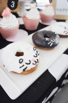 Doughnuts from a Kitty Cat Birthday Party via Kara's Party Ideas… Baby Girl Birthday, Cat Birthday, 4th Birthday Parties, Birthday Ideas, Kitty Party, Cat Themed Parties, Donuts, Pasta, Party Ideas
