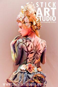 Escuela de maquillaje artístico Stick Art Studio en Barcelona.     Maquillaje realizado por Corinne Perez para Salón Look en Madrid 2009.