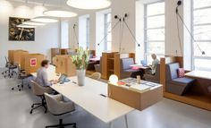 Het design van de werkplek moet inspireren en motiveren, werknemers moeten zich er welkom voelen. Maar hoe ziet dat er in de praktijk uit