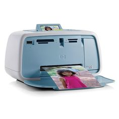 An instant photo printer is a small, compact, and portable printer with a primary goal of printing out photos. Compact Photo Printer, Portable Photo Printer, Printer Scanner Copier, Inkjet Printer, Flash Photography, Underwater Photography, Photo Print Sizes, Digital Camera, Accessories