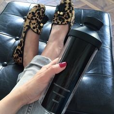 A chic waterbottle Stay Hydrated, Pool Slides, Water Bottle, Relax, Chic, Instagram Posts, Style, Shabby Chic, Swag