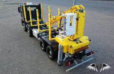 #lego #technic #legotechnic #mercedes #benz #mercedesbenz #arocs #4145 #timber #truck #legomodels #models #truckmodels #moc #mocs #legomocs #modeling #modelbuilding #automodelismo #bigscale #big #scale #large #car #legophoto #legostagram Lego Truck, Lego Photo, Lego Construction, Lego Group, Lego Models, Lego Stuff, Lego Moc, Lego Technic, Cool Lego