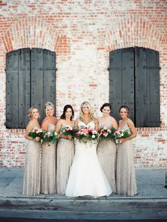 Industrial chic: http://www.stylemepretty.com/2015/08/17/chic-carondelet-house-wedding/ | Photography: Sposto - http://spostophotography.com/