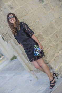Rosalita McGee Túnica Hola #mangafrancesa #guipur #vestidonegro #blackdress #perfectforawedding #weddinglook #personaloutfit www.rosalitamcgee.com