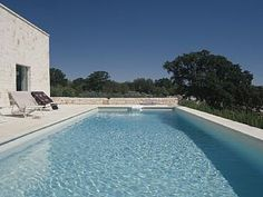 A fine modern villa with pool, Ostuni: Holiday villa for rent. View 18 photos, book online with traveller protection with the owner - 4298571