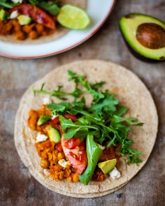 smoky chickpea tacos (to make vegan omit cheese or use a vegan alternative. Veggie Recipes, Mexican Food Recipes, Cooking Recipes, Healthy Recipes, Healthy Options, Quesadillas, Cilantro, Guacamole, Chickpea Tacos