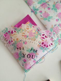How to make a doily bag for sending tea to your pen pals by One Bunting Away.