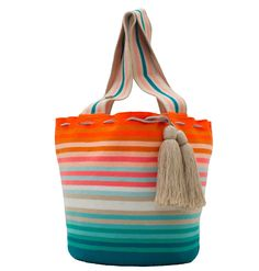 Exclusive SUSU Accessories collection Totes, handknitted by the most talented artisans of the Wayuu ethnicity in Colombia. Crochet Tote, Hand Crochet, Crochet Bag Tutorials, Tapestry Crochet Patterns, Creative Embroidery, Quilted Bag, Day Use, Textiles, Bucket Bag