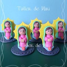 Mini Virgencitas Guadalupe recordatorios Primera Comunión #virgencitas #recordatorios #primeracomunion #bautizo #porcelanafria #porcelanicron #hechoamano #hechoconamor #biscuit