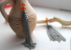 Купить Серьги кисточки из цепи - рыжий, оранжевый, серый, металл, металлическая цепь, цепочка, стекло