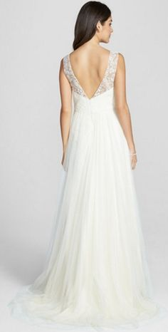 Gorgeous vintage-inspired wedding gown by Jenny Yoo