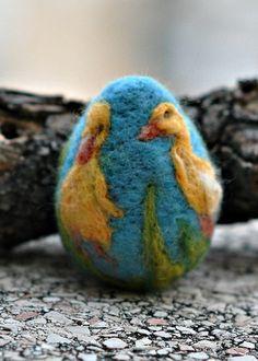 Nadel Gefilzte Ostern EierEntchen von darialvovsky auf Etsy, $23.00