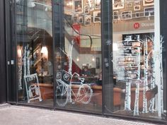 Fantastic window drawings! Chalk markers like Wonder Chalk are perfect for this, and they clean off easily with a damp cloth!
