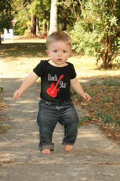 Rock Star Birthday Boy onsie por HeKnowsYourName en Etsy