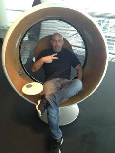 Sonic chair / Lufthansa lounge