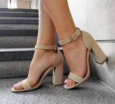 Nude sandals - shop now more chaussure tendance, chaussure mode, chaussure High Heels Boots, Pumps Heels, Shoe Boots, Women's Shoes, Dress Shoes, Nude Heels, Black Dress Heels, Lace Dress, Shoes Sneakers