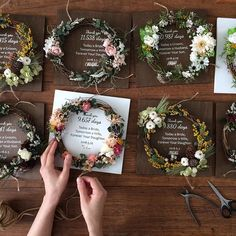 68 Best Ideas For Gifts For Parents For Wedding Dried Flower Wreaths, Dried Flowers, Paper Flowers, Creative Gift Wrapping, Creative Gifts, Flower Boxes, Flower Cards, Flower Packaging, How To Preserve Flowers