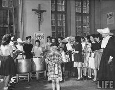 Daughters of Charity Logo | Daughters of Charity food bank soup kitchen 1946 Paris | Flickr ...
