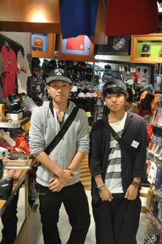 【大阪店】 2014年5月6日 ネッツのキャップをファッション用にご購入いただきました^^ お友達とお休みをショッピングで楽しんでいたみたいです! またキャップ見に来てくださいね!!#nba