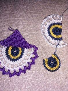 This Pin was discovered by Wi Tesettür Abiye Modelleri 2020 Love Crochet, Bead Crochet, Crochet Motif, Beautiful Crochet, Crochet Doilies, Tatting Earrings, Tatting Jewelry, Crochet Necklace Pattern, Crochet Earrings