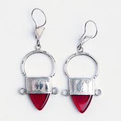 Cercei tuaregi In-Gall, argint, sticlă roșie, Niger Silver Jewelry, Personalized Items, Earrings, Mai, Jewellery, Dress, Ear Rings, Stud Earrings, Jewels