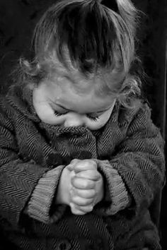 Aww...SO beautiful!!! I love seeing little ones praying! ❤❤❤🙏