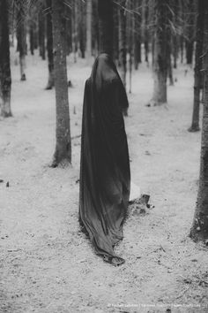 Photo: lokotko Yennefer Of Vengerberg, Dark Fairytale, Dark Photography, Dark Forest, Dark Beauty, Coven, Macabre, Dark Art, More Photos
