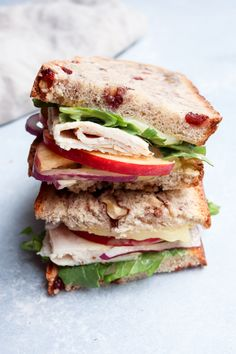 Apple Sandwich, Meat Sandwich, Sandwich Recipes, Cold Sandwiches, Turkey Sandwiches, Turkey Sliders, Turkey Recipes, Meat Recipes, Healthy Recipes