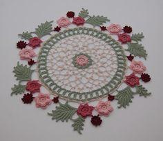 Crochet Ideas   My Wreath of Roses Doily