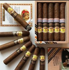 Cuban Cigars, Cigars And Whiskey, Whisky, Cigar Art, Cigar Room, Pipes And Cigars, Men Stuff, Cigar Smoking, Old Toys