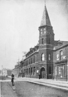 Home to apprentices Local History, Old Photos, Britain, Nautical, Past, England, Street, School, Lantern