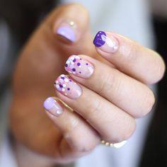 [#유니스텔라트렌드]❤️ #도트네일 #라인네일 #프렌치네일  #유니스텔라 #네일디자이너 #unistella #gelnails #nailart #nails #nail #nailedit #notd #dotnails #frenchnails #linenails ✔️유니스텔라 내의 모든 이미지를 사용하실때 사전 동의, 출처 꼭 밝혀주세요❤️