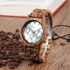 Quality and stylish mens wood watches at an affordable price Wooden Watch, Retro Aesthetic, Wood Grain, Gold Watch, Watch Bands, Bracelet Watch, Bird, Watches, Accessories