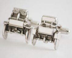 Vintage Cufflinks-  Antique Cars 1904 Oldsmobile Cuff Links (Silver Toned Metal) Classic Car Guy, Automobile, Winter Formal Wedding For Him