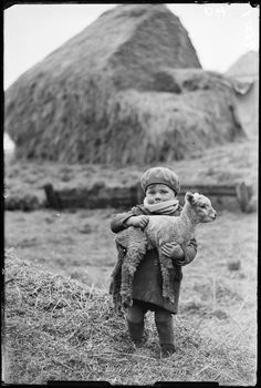 Little boy carrying a lamb 19 February 1932 James Jarché Daily Herald Archive National Media Museum Collection / SSPL Antique Photos, Vintage Pictures, Vintage Photographs, Old Pictures, Old Photos, Photographs Of People, Vintage Abbildungen, Baby Animals, Cute Animals