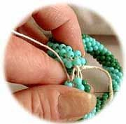 """The end gives instructions for joining the ends of a crocheted bead rope for an """"endless bracelet"""" - Instructions"""