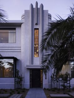 Original Art Deco Middle Park House extended in Melbourne, Australia by KPDO + CJA