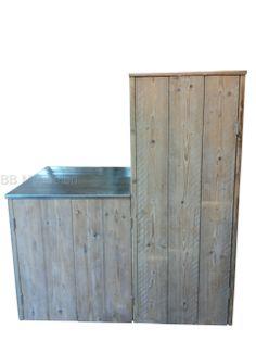 Kast Bianca Tuinkast van steigerhout met zinken dak (loopt iets af) met deurtjes. Uitermate geschikt voor uw tuingereedschap. Deze kast wordt voor u op maat gemaakt. Geef de maten door en u krijgt zonder verplichtingen uw prijsopgave. bxdxh 65x75x165cm Meer info: http://www.bbmeubelen.nl/a-30340066/kasten/bianca/