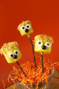 Did You Say Halloween Marshmallow Pops | The Bearfoot Baker