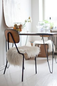 At Mikko´s house. Dining Area, Dining Chairs, Home By, Interior Architecture, Interior Design, Interior Inspiration, Kitchen Inspiration, Take A Seat, Home Decor Furniture
