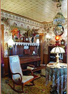 Victorian House Interiors, Victorian Rooms, Victorian Home Decor, Victorian  Parlor, Victorian Cottage