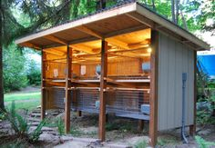 Cool rabbit hutch. I'm planning a 15′ long, 5 across, double stacked, slope disposal system with a compost, worm bed combination | followpics.co